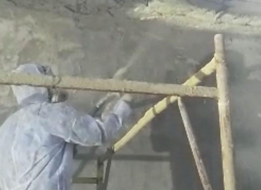 очистка стен и металлических конструкций