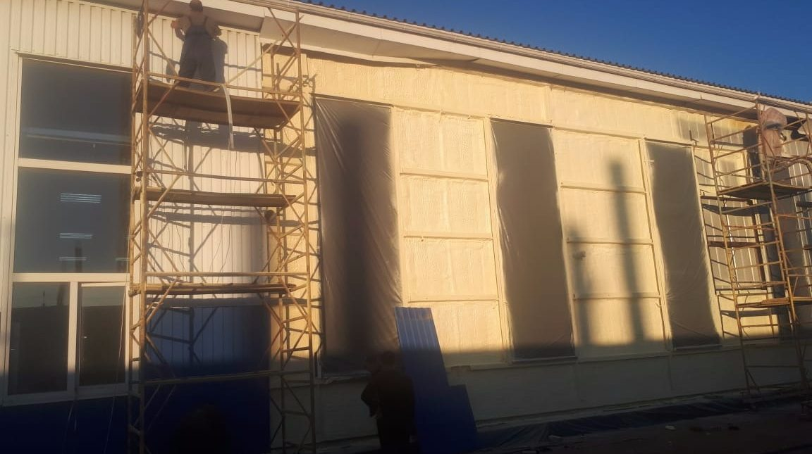 Теплоизоляция фасада магазина